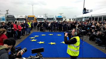 European truck manufacturers scored a major first last month with the world's first cross border truck platooning test drive to Rotterdam, all the major suppliers ran 3 (or more) platoons from their home countries to Rotterdam..